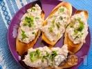Рецепта Препечени филийки с риба тон